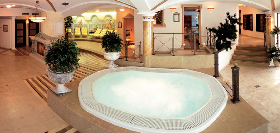 Austria_Mayrhofen_hotel-Strass_jaquzzi.jpg